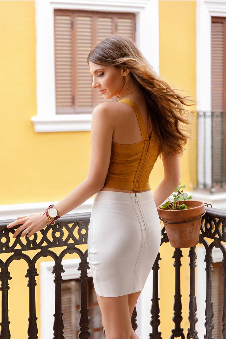 In Andalusia wearing @MyBandageDress mustard top and white skirt with golden sandals, today on my blog: http://larisacostea.com/2017/03/alcoba-del-rey/