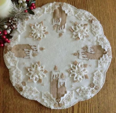 White Christmas Wool Applique Penny Rug Candle Mat Pattern