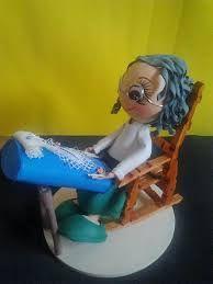 muñeca encajera de goma eva