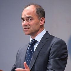 Warren East - CEO of Rolls-Royce Holdings speaks in Berlin