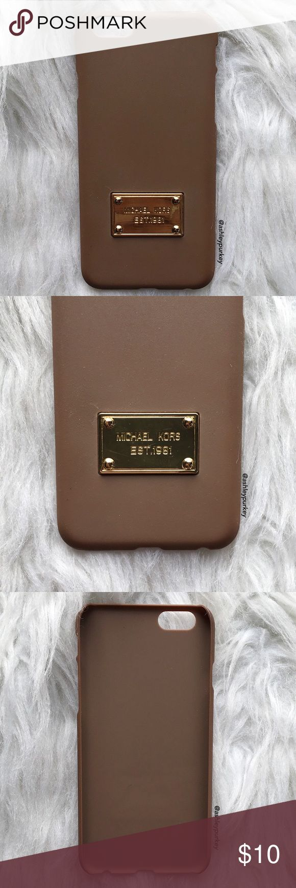 """Michael Kors played brown iPhone 6/6s phone case ❗ this is a good condition USED iPhone 6/6s case. this is not from my boutique line.   •iPhone 6/6s (4.7"""")  •hard plastic   •usual signs of use, no major damage   •no trades    *please make sure you purchase the correct size case. i am not responsible if you purchase the wrong size  item #: 47 Michael Kors Accessories Phone Cases"""