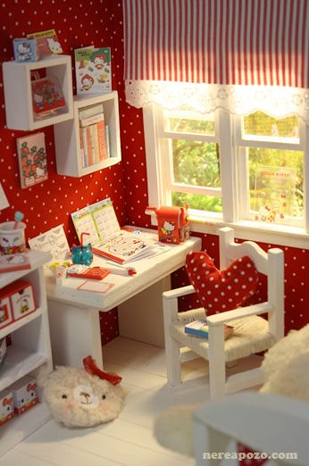 "DIORAMA ""HELLOKITTY BEDROOM""( around 16 cm size dolls )   Flickr - Photo Sharing!"