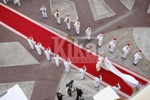 Principe Alberto di Monaco, principessa Charlene Wittstock - Monaco - 02-07-2011 - Il principe Alberto II di Monaco sposa con il rito religioso Charlene Wittstock