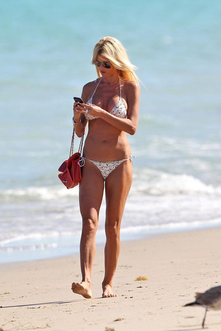 Виктория Сильвстедт' – носить бикини в Майами-06.03.14