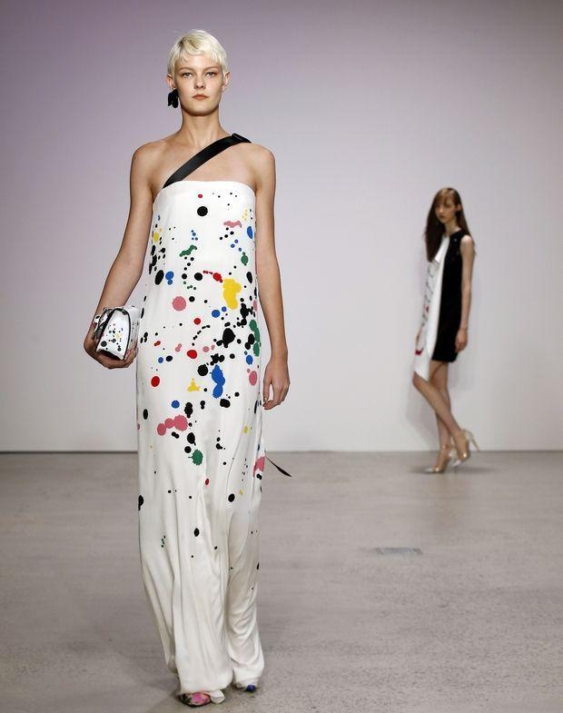 New York Fashion Week: Τα trends που πρέπει να κρατήσεις για το 2018 | Μόδα | Ladylike oscar de la renta
