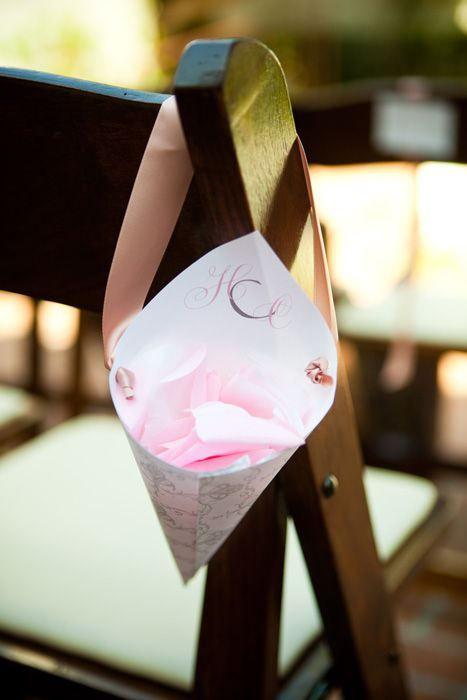 Cornet petales eglise mariage d co r cup bricolage artisanat pinterest - Pinterest bricolage recup ...