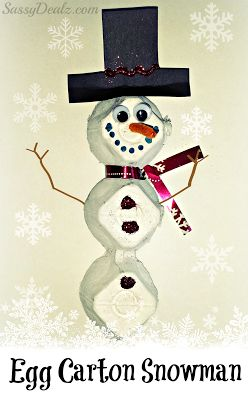 DIY Egg Carton Snowman Craft For Kids #Christmas recycled art project | http://www.sassydealz.com/2013/12/diy-egg-carton-snowman-craft-for-kids.html
