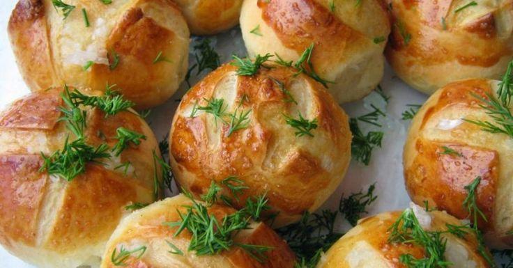Pokud vyzkoušíte tento recept na česnekové housky, které uděláte za 30 minut, pochutná si na nich celá rodina | ProSvět.cz