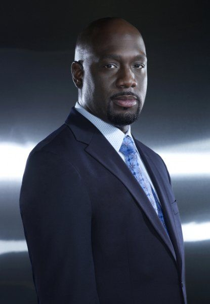 Richard T. Jones - Hawaii Five-O - CBS - Fridays - recurring role