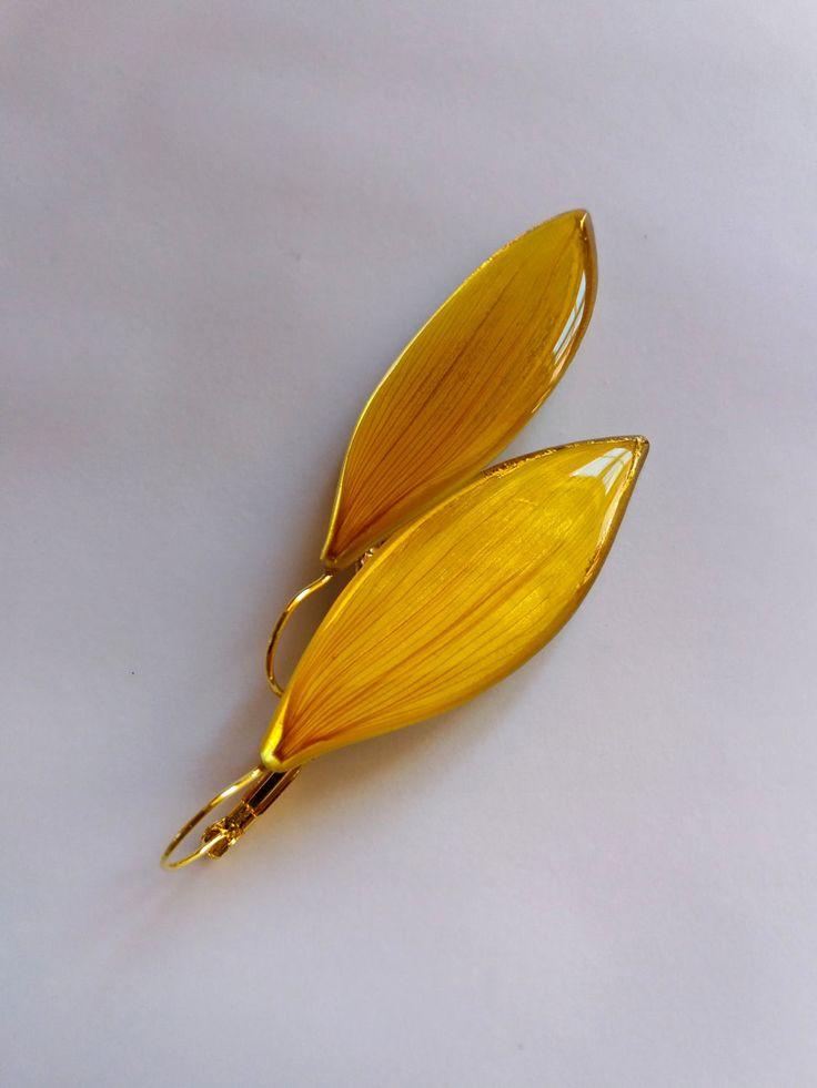 sunflower petals earrings by florizi