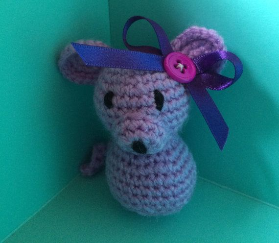Dainty Mouse by CottoncandyFanfare on Etsy Amigurumi, Crochet, vintage, cute, hand made