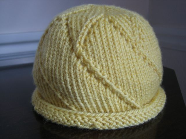 I'm Knitting As Fast As I Can: Star of the Day Hat, knit baby hat, free pattern