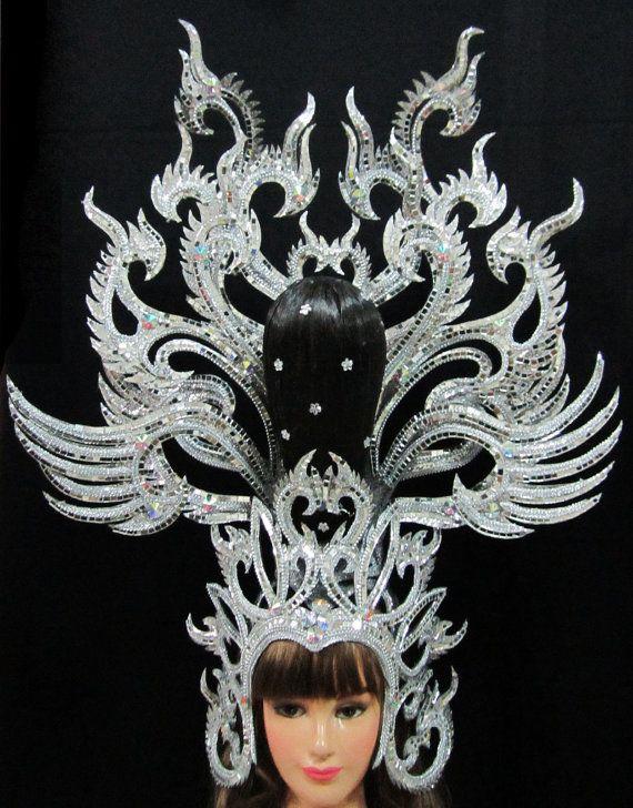 Arrastre vestido Cabaret Vedette Asia tocado por DaNeeNa en Etsy