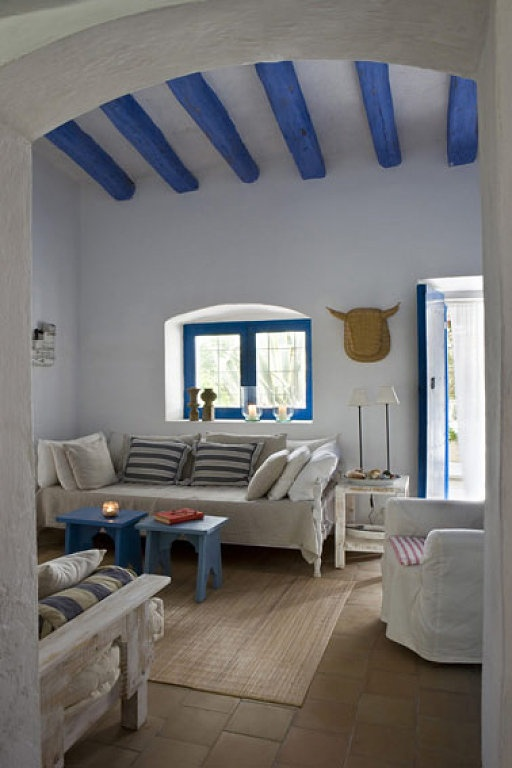 Different colors, spring decoration. Toques color decoracion http://elinvernaderodenaan.es/archivos/1300