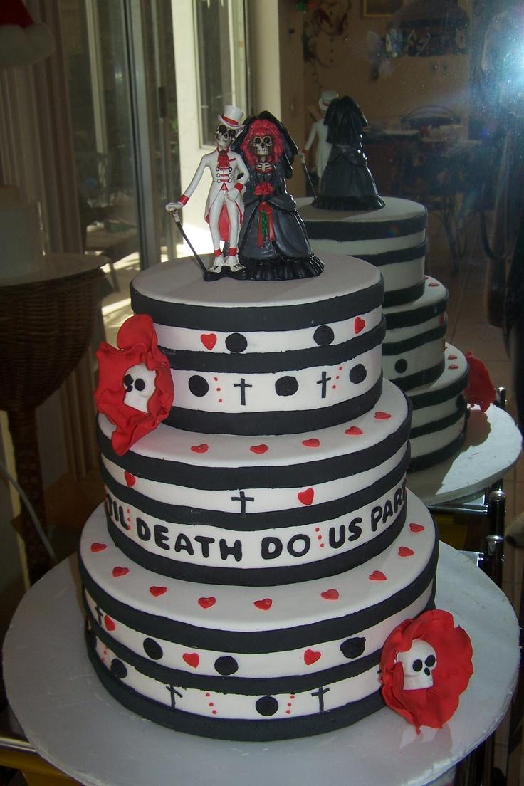 Xanadu Cake Design : 22 best images about WEDDING CAKES on Pinterest Gothic ...