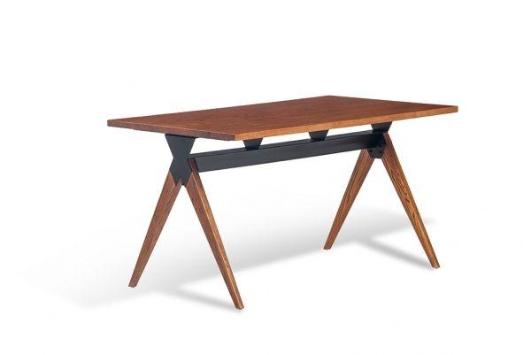 Trim Dining Table - дизайнерский обеденный стол. Железное основание, массив.