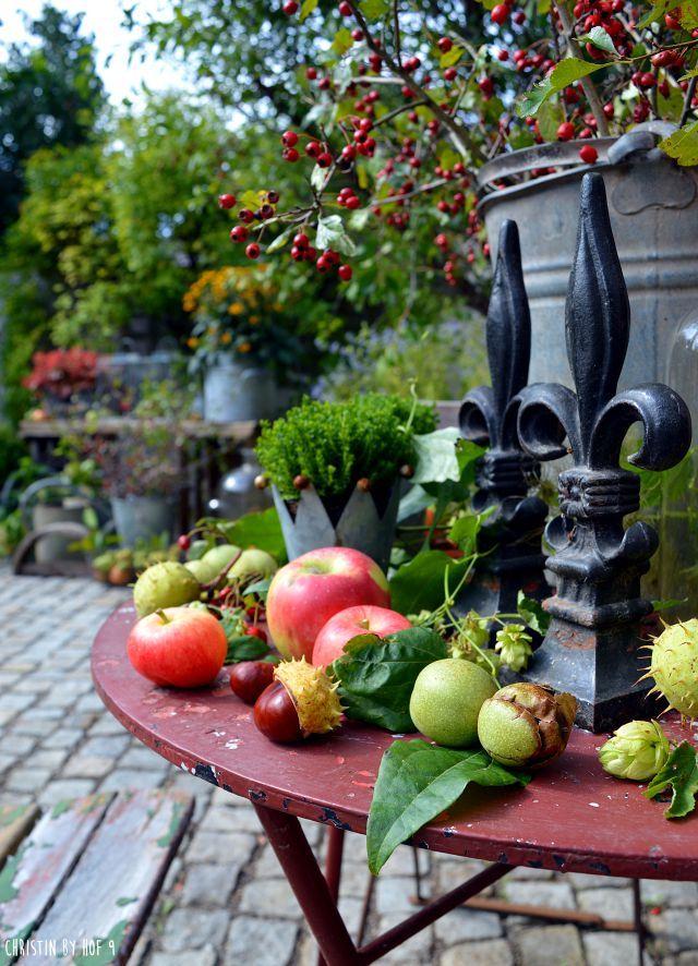Hof 9 Diy Im Herbst Und Ein Fullhorn Der Natur Im Innenhof Herbst Dekoration Herbstdeko Herbst