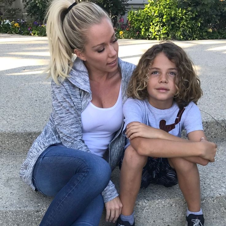 Kendra Wilkinson Baskett 'Can't Stop Smiling' After Sweet Bingo Game Night with Son Hank