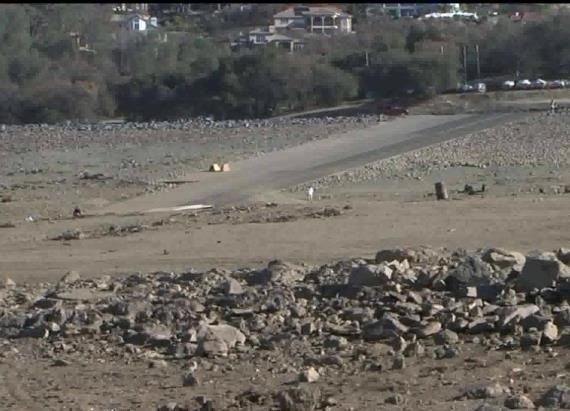 Lost city revealed as Folsom lake levels drop