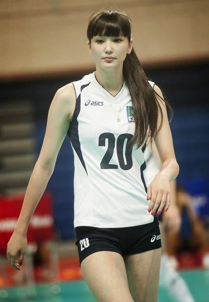 Sabina Altynbekova : Atlet Bola Volley Kazakhstan Yang Jelita
