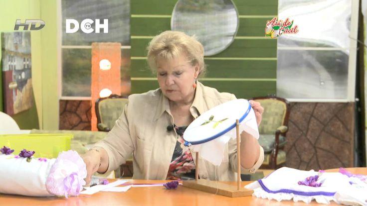 Lenceria De Baño Con Sonia Franco:Ana Ramos Embroidery