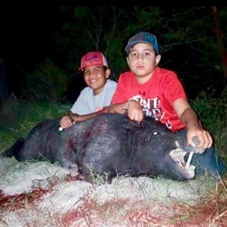 @kaleb1604  with a nice hog he got here in Texas  #hog #hunting #texas #bacon #boar #hogs #feral #wild #trap #gamecam #trailcam #pig #javali #venado #jabali #caza #chasse #bangstick #ar #ak #gamecamera #cameratrap #sow #hunt #hoghunting  Kill em all and l
