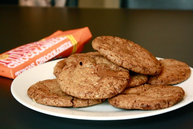 Tony Chocolonely Caramel seasalt chocolate chip cookies