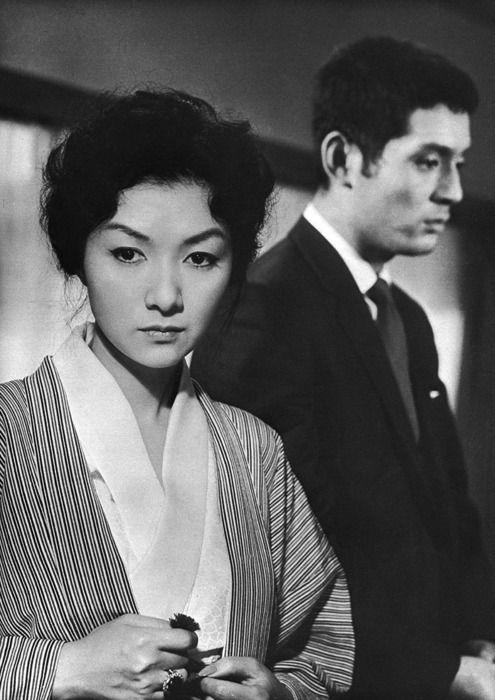 Hideko Takamine and Tatsuya Nakadai in When a Woman Ascends the Stairs (女が階段を上る時 Onna ga Kaidan o Agaru Toki) - (dir: Mikio Naruse, 1960)