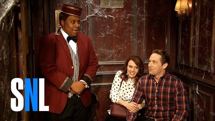 A haunted elevator attraction tries to spook its riders (Beck Bennett, Kate McKinnon) with an original character, David Pumpkins (Tom Hanks). #SNLoween Get m...