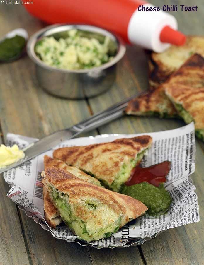 Cheese Chilli Toast ( Mumbai Roadside Snack)