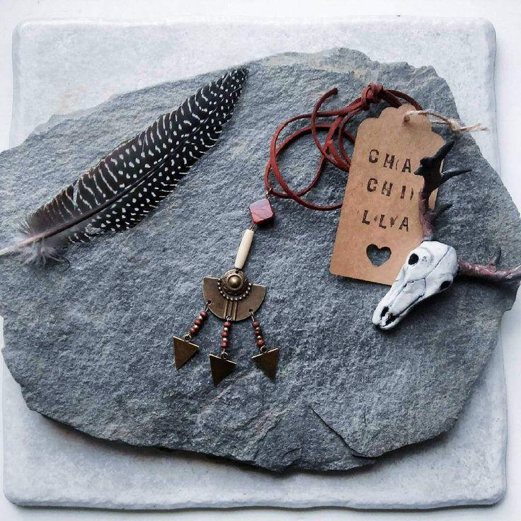 """Collier ethnique, tringle bronze, bois d'olivier, perle en os, collection """" Quechua """" de la boutique Chauchilla sur Etsy"""
