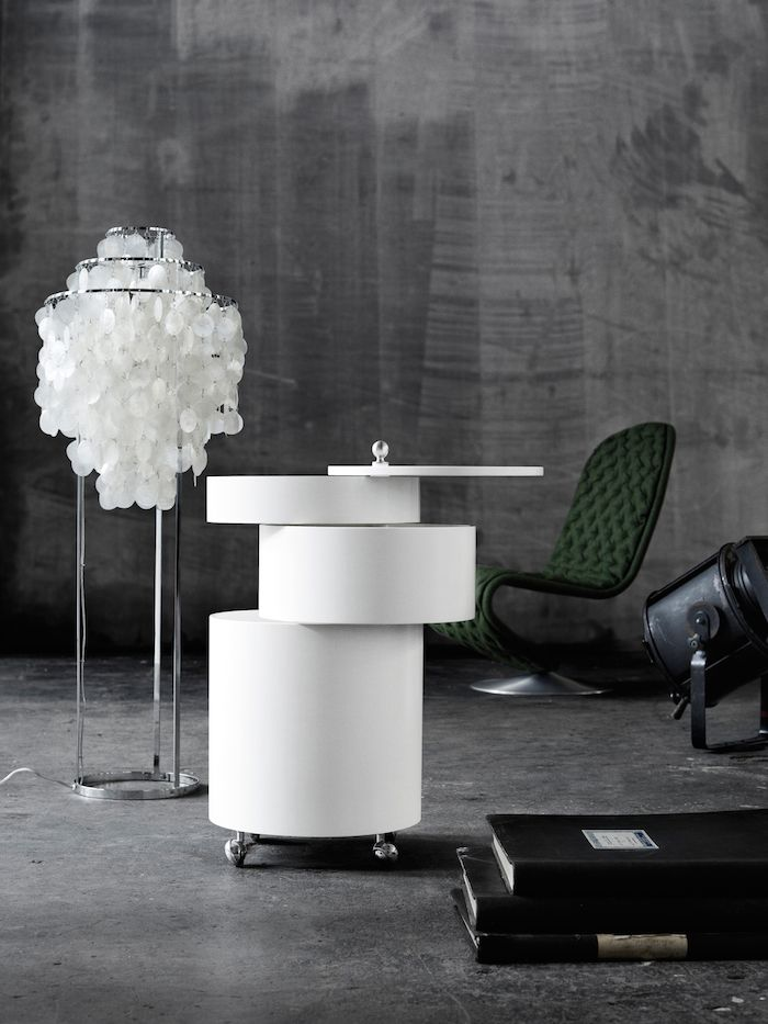 FUN1 STM floorlamp with System 1-2-3 Deluxe chair and Barboy  Danish Interior Design Budapest