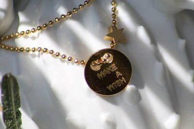 ras de cou, ras du cou, collier femme, collier ras de cou, bijouxfemme, collier personnalisé, collier gravé, cadeau femme de la boutique CAFEINEDESIGNERS sur Etsy