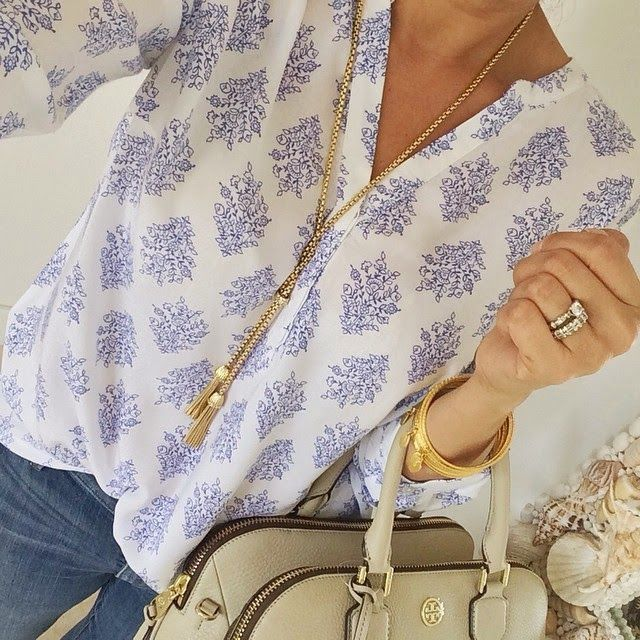 I know you don't like prints but this one is pretty and sophisticated. I like the necklace too. All you need is the ring finger bling =)