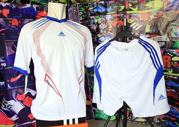 Setelan Kaos Adidas Putih Rp 80.000