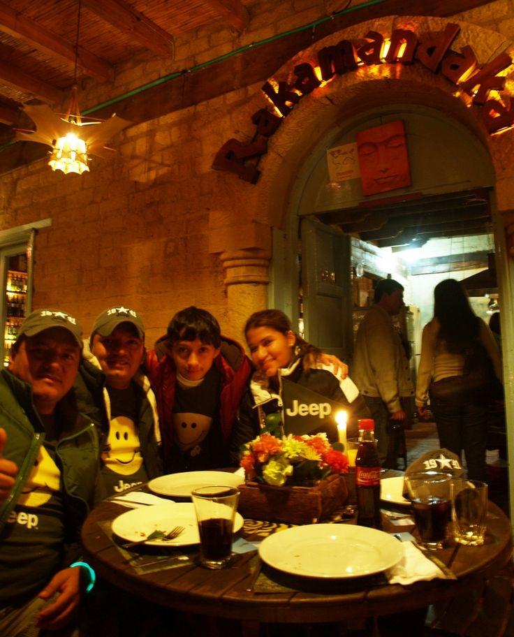 La #Manadajeep en @Rakamandaka1 #Villadeleyva Restaurante Rakamandaka Villa de Leyva El mejor restaurante de Villa de Leyva en comida fusión asiática con toda una década de dedicación y experiencia. Cr 9 No 13 55 El Solar de la Guaca fb.com/Rakamandakavilladeleyva @rakamandaka1 320 3396629