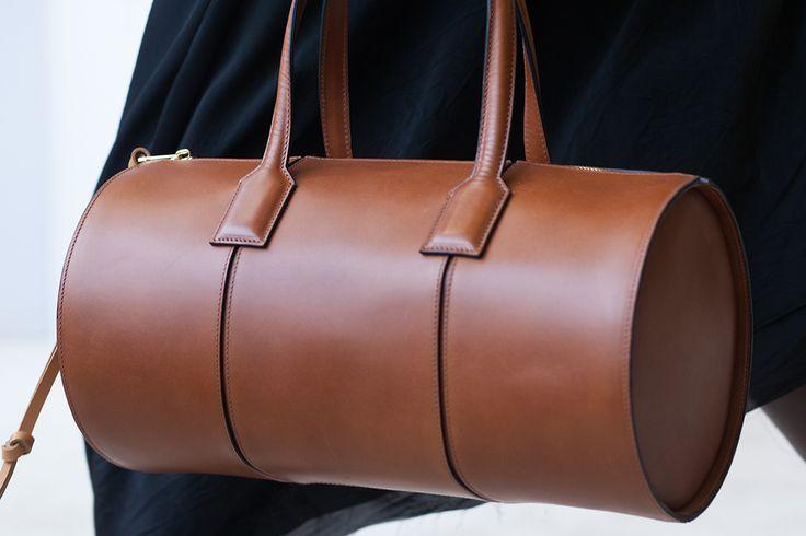 LOEWE Spring Summer 2017. Barrel Bag.
