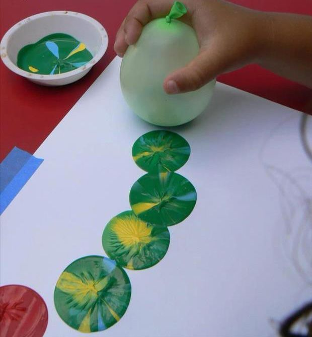 painting with a balloon! Kids will love it!!