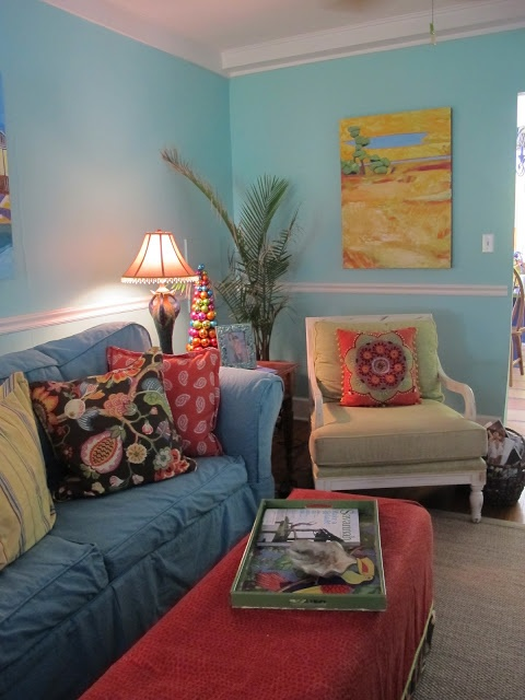 blue wallsCozy Cottages, Decor Ideas, Blue Wall, Livingroom Inspiration, Colors Palettes, Room Ideas, Cottages Interiors, Coslick Cottages, Beautiful Room