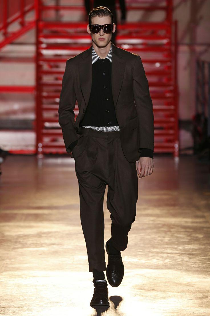 CERRUTI 1881 PARIS FW 14-15 Men's Fashion Show - Look 1