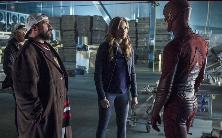 'The Flash' Director Kevin Smith Says Flashpoint is Far-Reaching