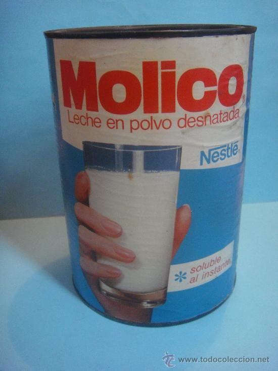 antigua lata grande de leche molico.