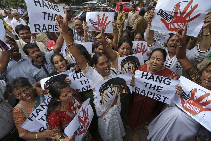 Indische Frauen protestieren 2013 gegen Vergewaltigungen in ihrem Land.
