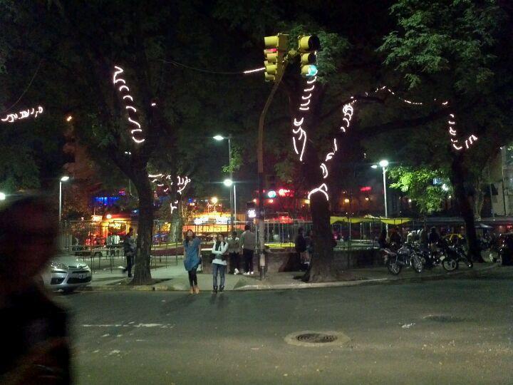 Plazoleta Julio Cortázar (Plaza Serrano) en Baires, Buenos Aires C.F.