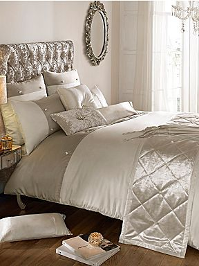 Kylie house of Fraser Catarina oyster bed linen