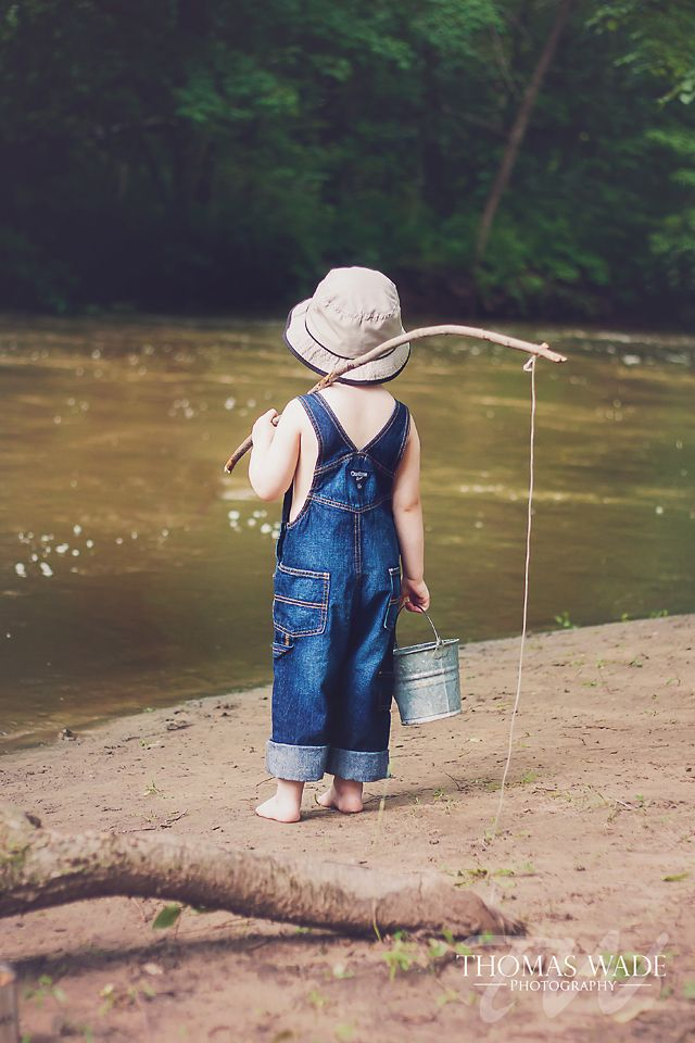 Little Boy Fishing Session.. photo credits to photographer. not me. just sharing this cute idea. <3
