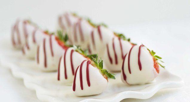 Meer dan 1000 idee n over aardbeien decoraties op pinterest groene thee gebak aardbeien en - Decoratie van een gang ...