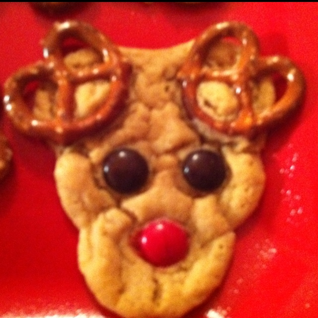 Reindeer Cookies! Our fave family Christmas baking tradition!