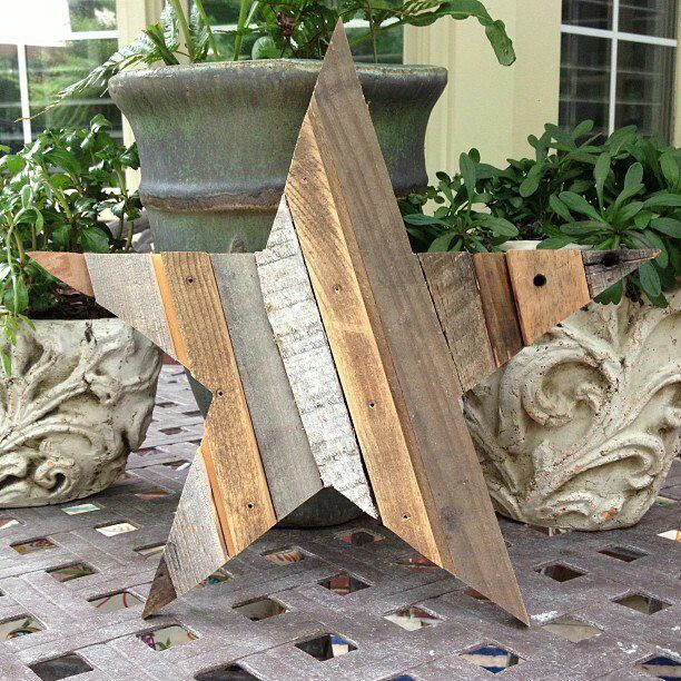 Cool idea for a rustic barn wood star.