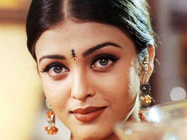 Aishwarya rai from my favorite bollywood movie hum dil de - Aishwarya rai coup de foudre a bollywood ...